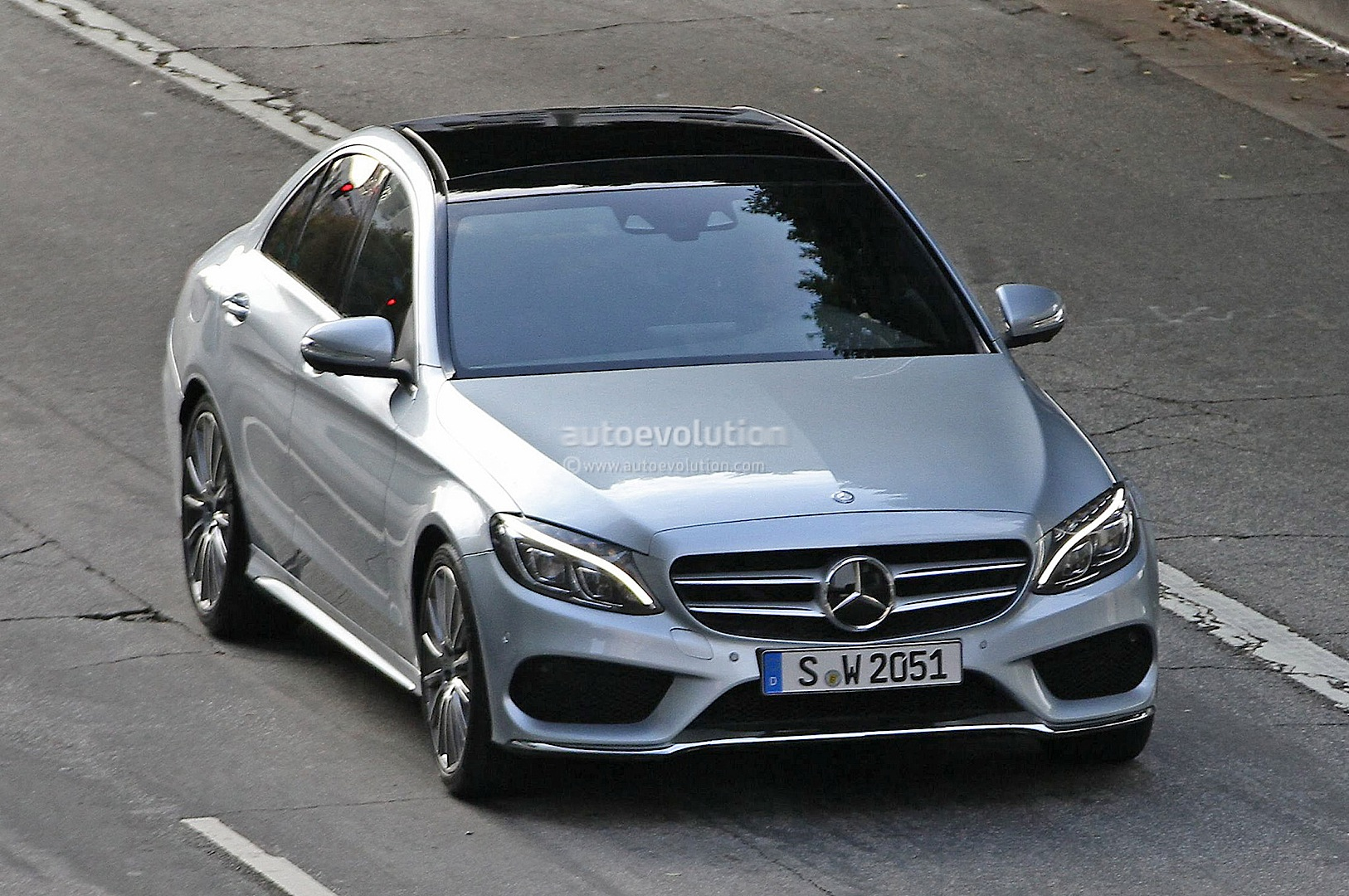 2015 mercedes benz c class w205 completely revealed autoevolution. Black Bedroom Furniture Sets. Home Design Ideas