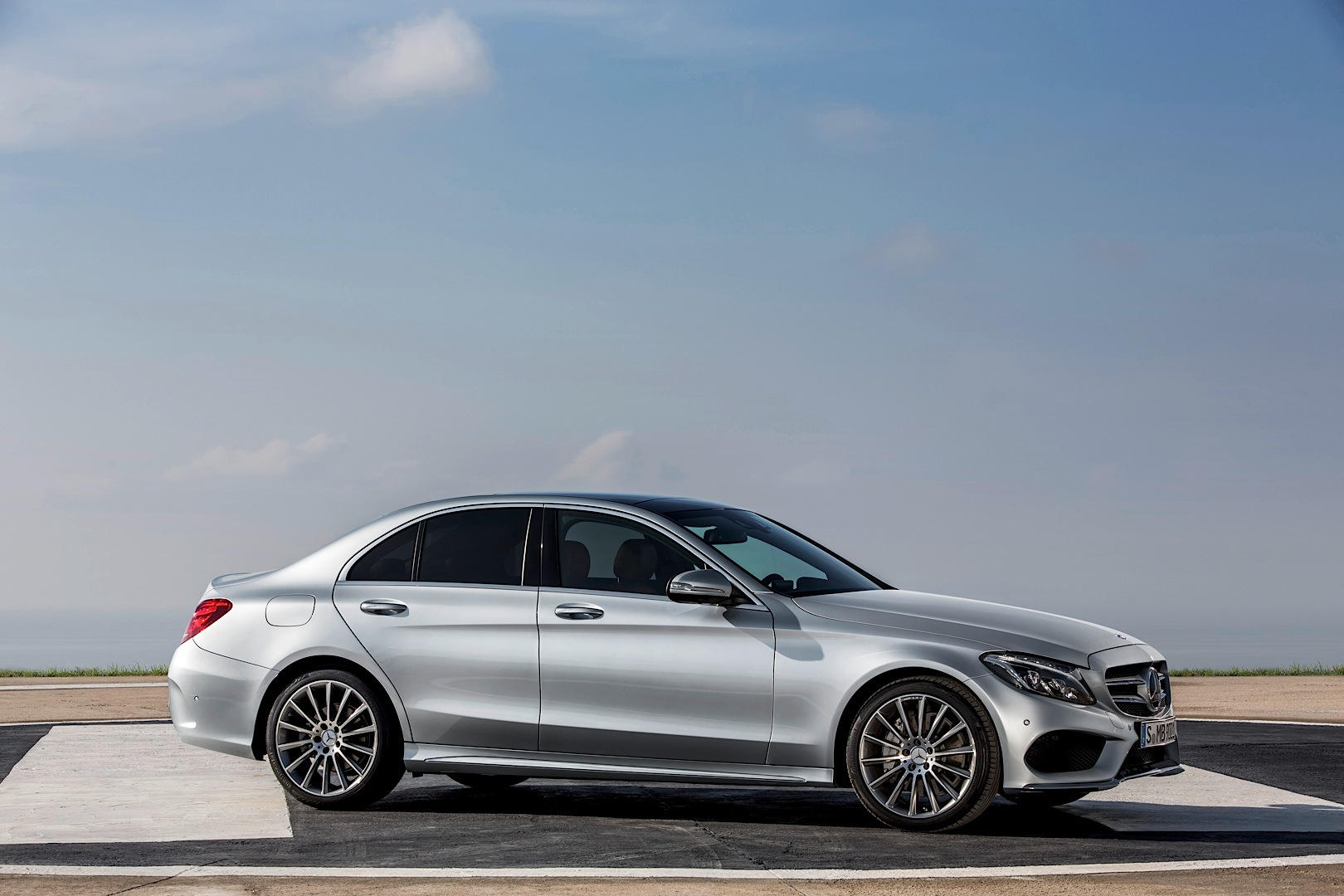 2015 mercedes benz c class w205 gets priced in the uk for Mercedes benz england
