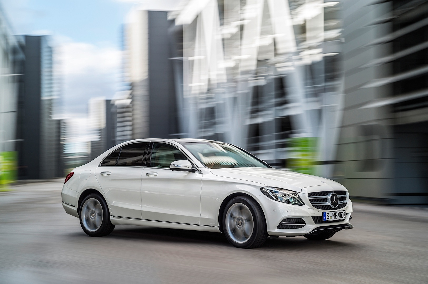 2015 Mercedes-Benz C-Class W205 Gets Priced in The UK ...