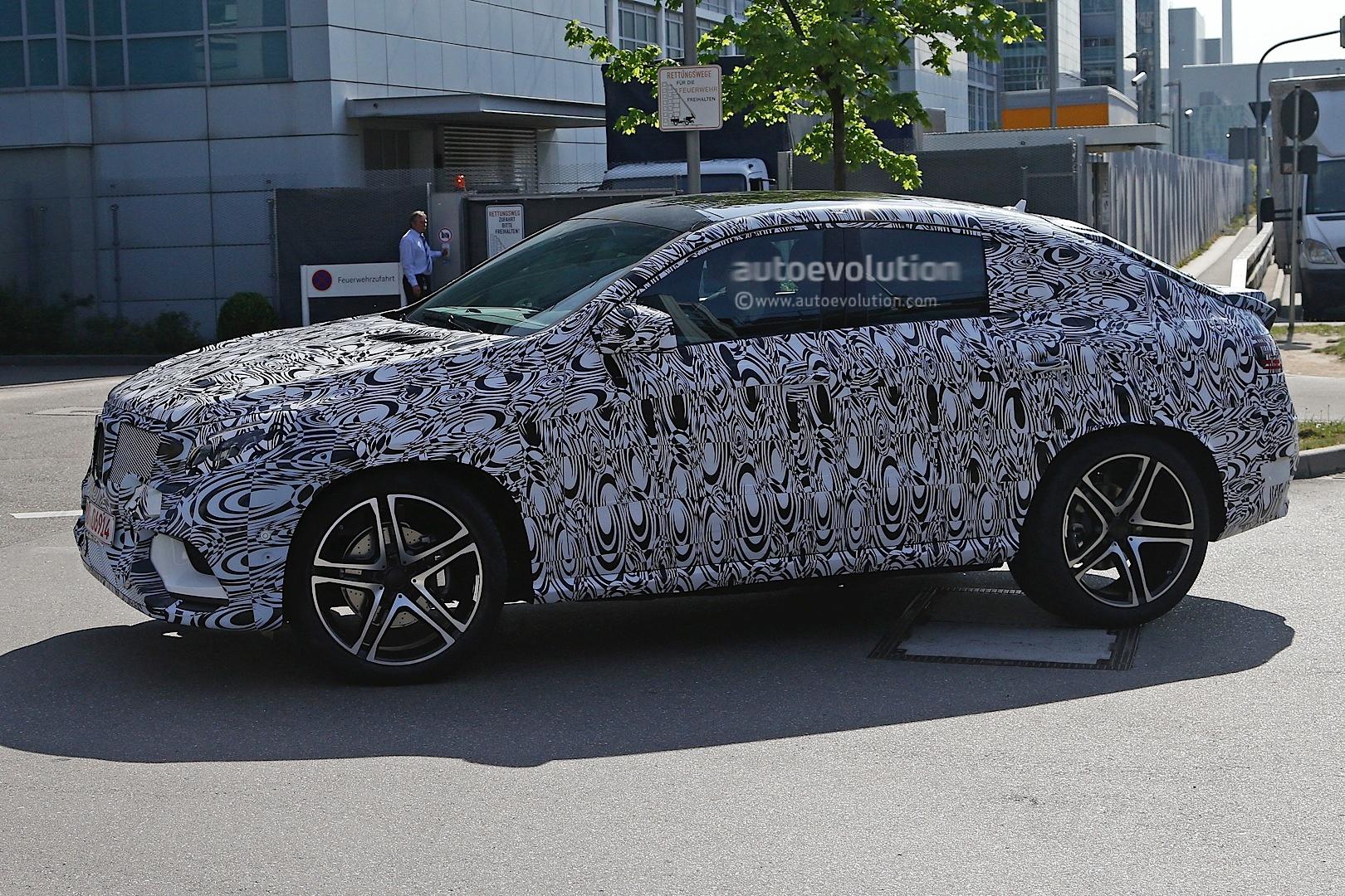 2015 Mercedes Benz Mlc Vs 2015 Bmw X6 Spyshots Autoevolution