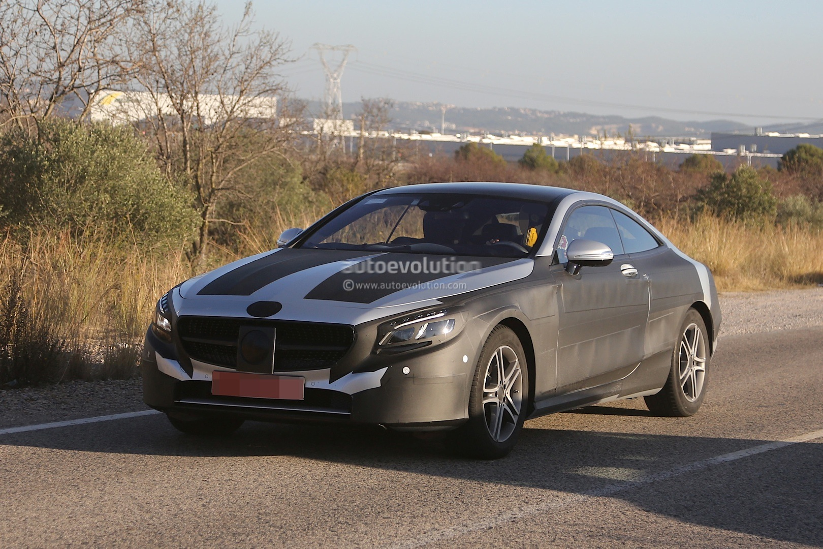 2015 mercedes benz s class coupe c217 spied with less camo autoevolution. Black Bedroom Furniture Sets. Home Design Ideas