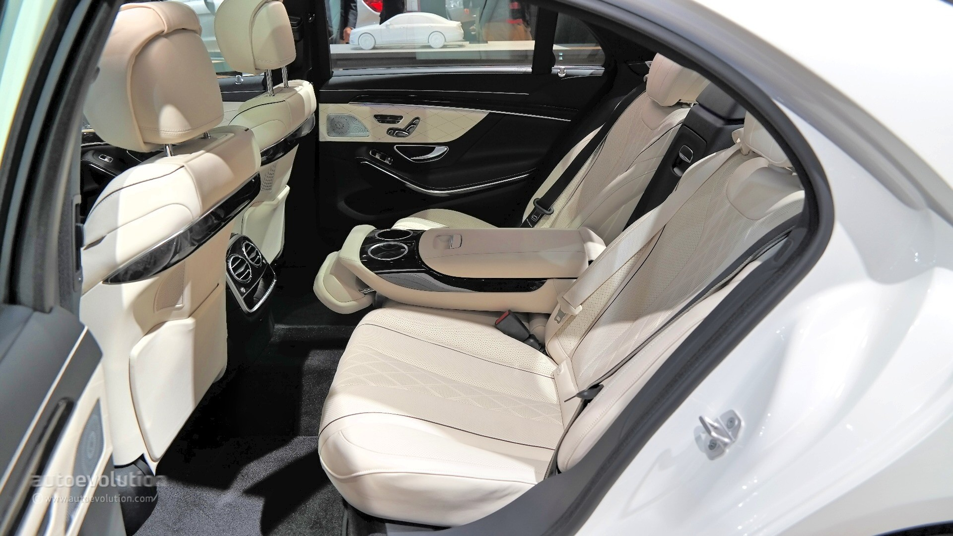 S Class Coupe >> 2015 Mercedes-Benz S550 Plug-In Hybrid Silently Introduced at the Detroit Auto Show [Live Photos ...