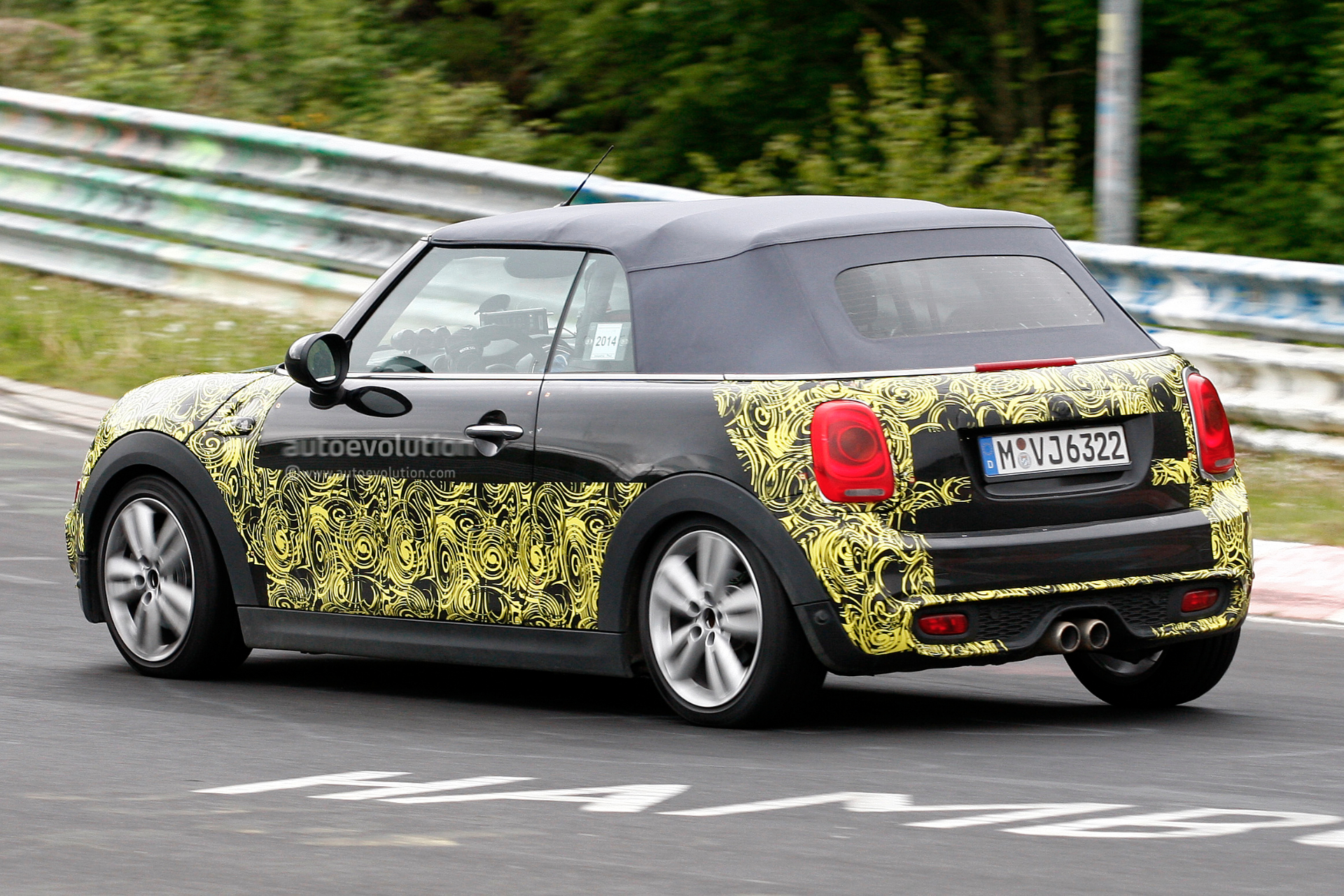 2015 mini cooper s convertible spied on the nurburgring. Black Bedroom Furniture Sets. Home Design Ideas