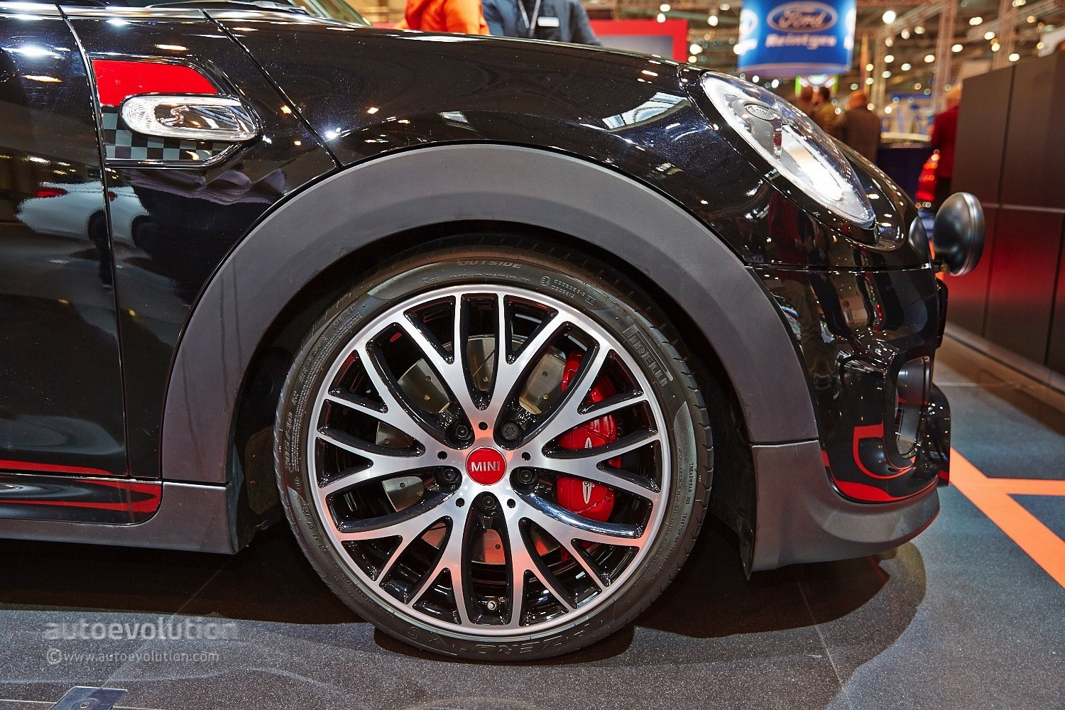 2015 MINI Cooper S Gets 211 HP with JCW Tuning Kit at Essen [Live ...