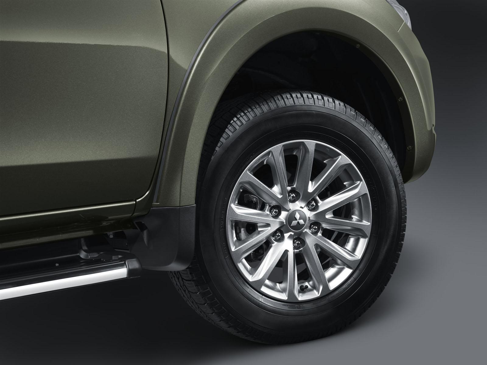 2015 Mitsubishi Triton / L200 Debuts in Thailand [Video] [Photo ...