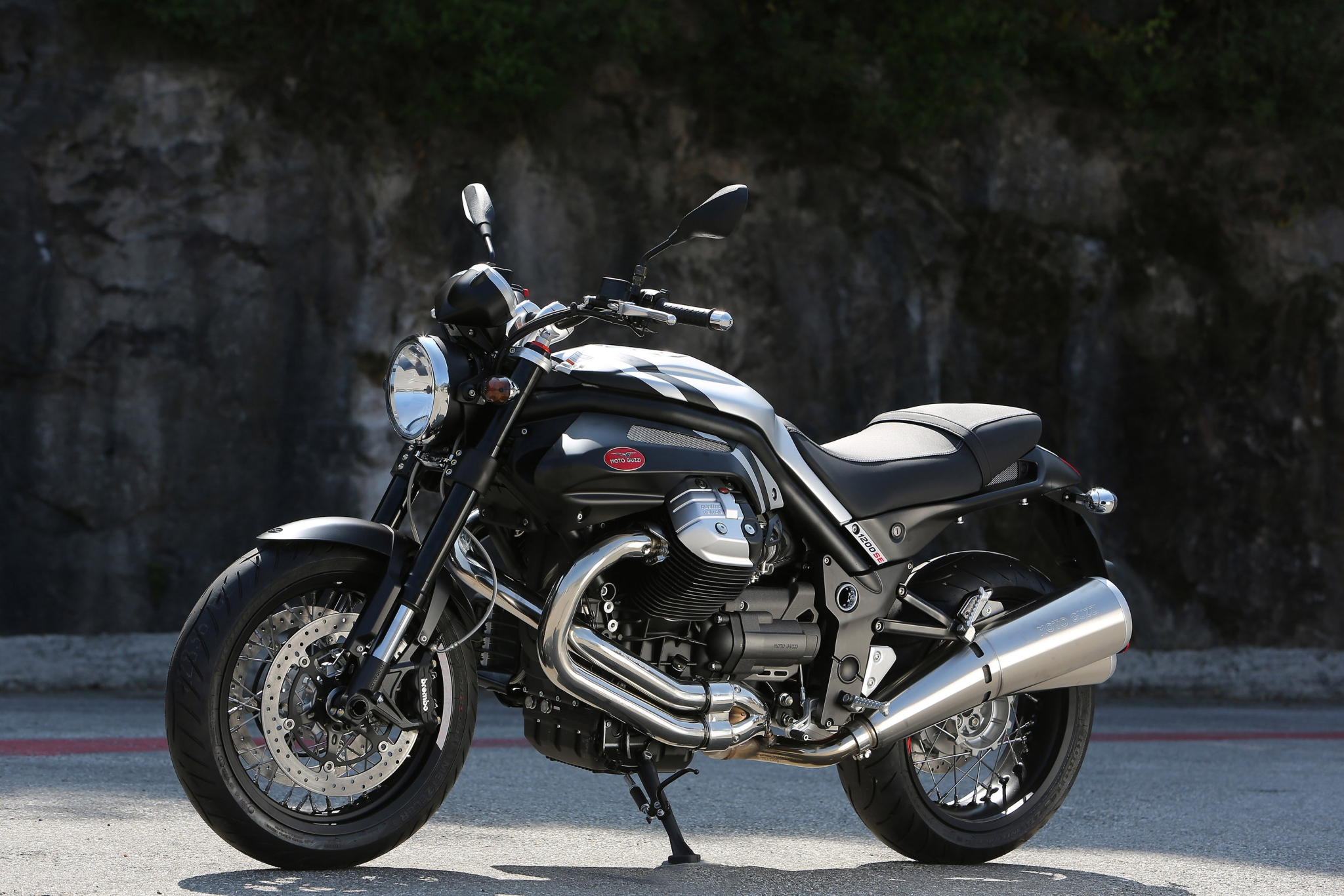 Moto Guzzi Griso V Special Edition Shows Aesthetic Upgrades Photo Gallery
