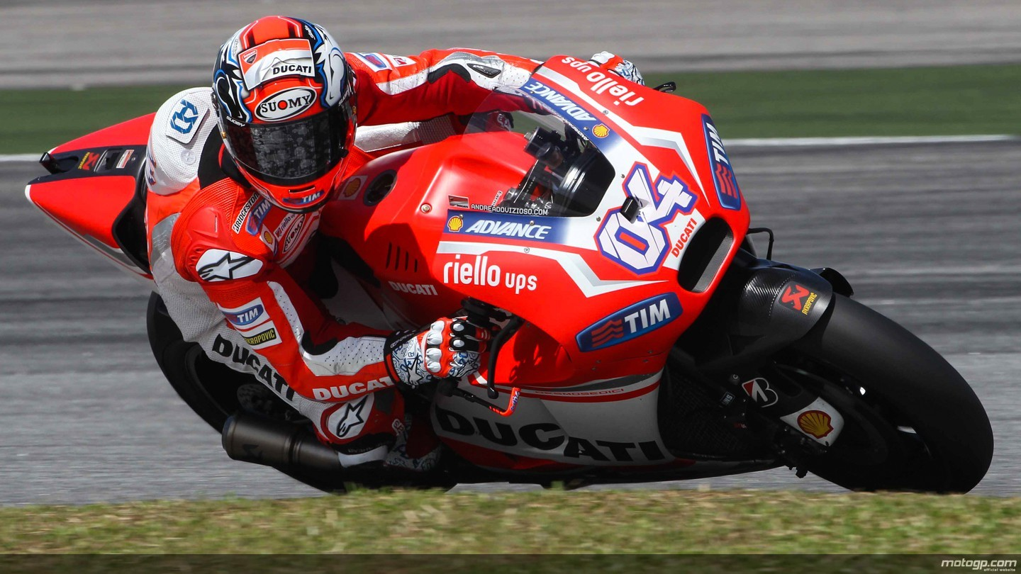 2015 MotoGP: Lorenzo Fastest on Sepang Day 2, Ducati Second, Only 52ms Behind – Photo Gallery ...