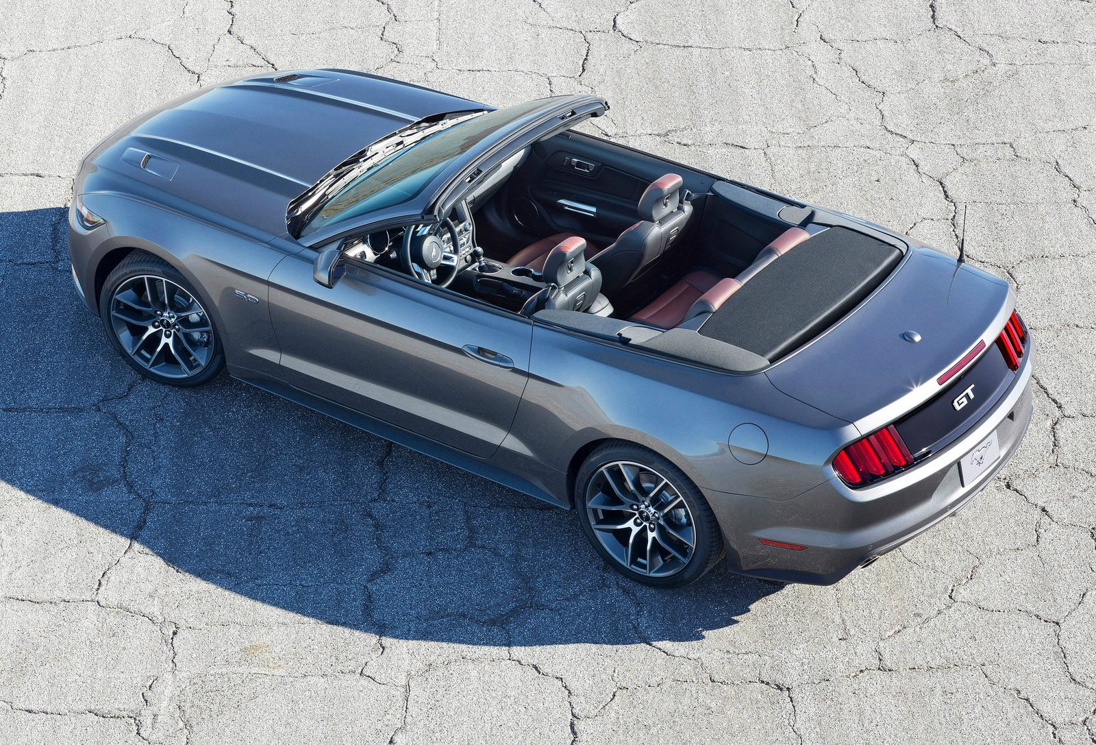 2015 Mustang Convertible Now En Route To Ford Dealers