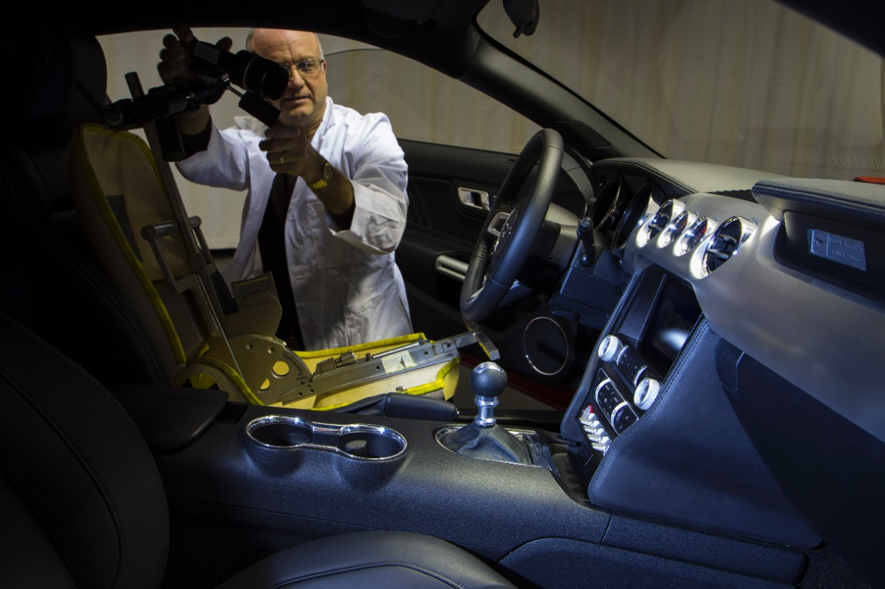 2015 Mustang Goes Through Fords Lighting Lab Autoevolution Ford Sketches In The