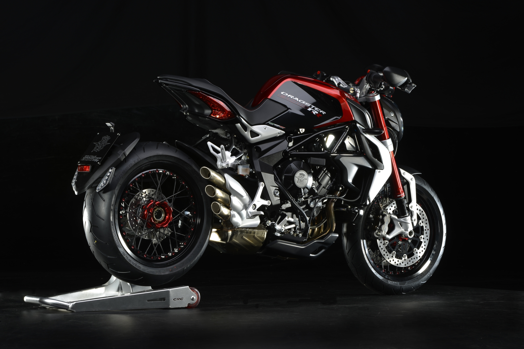 2015 mv agusta brutale dragster 800 rr the 140 hp naked beauty autoevolution. Black Bedroom Furniture Sets. Home Design Ideas