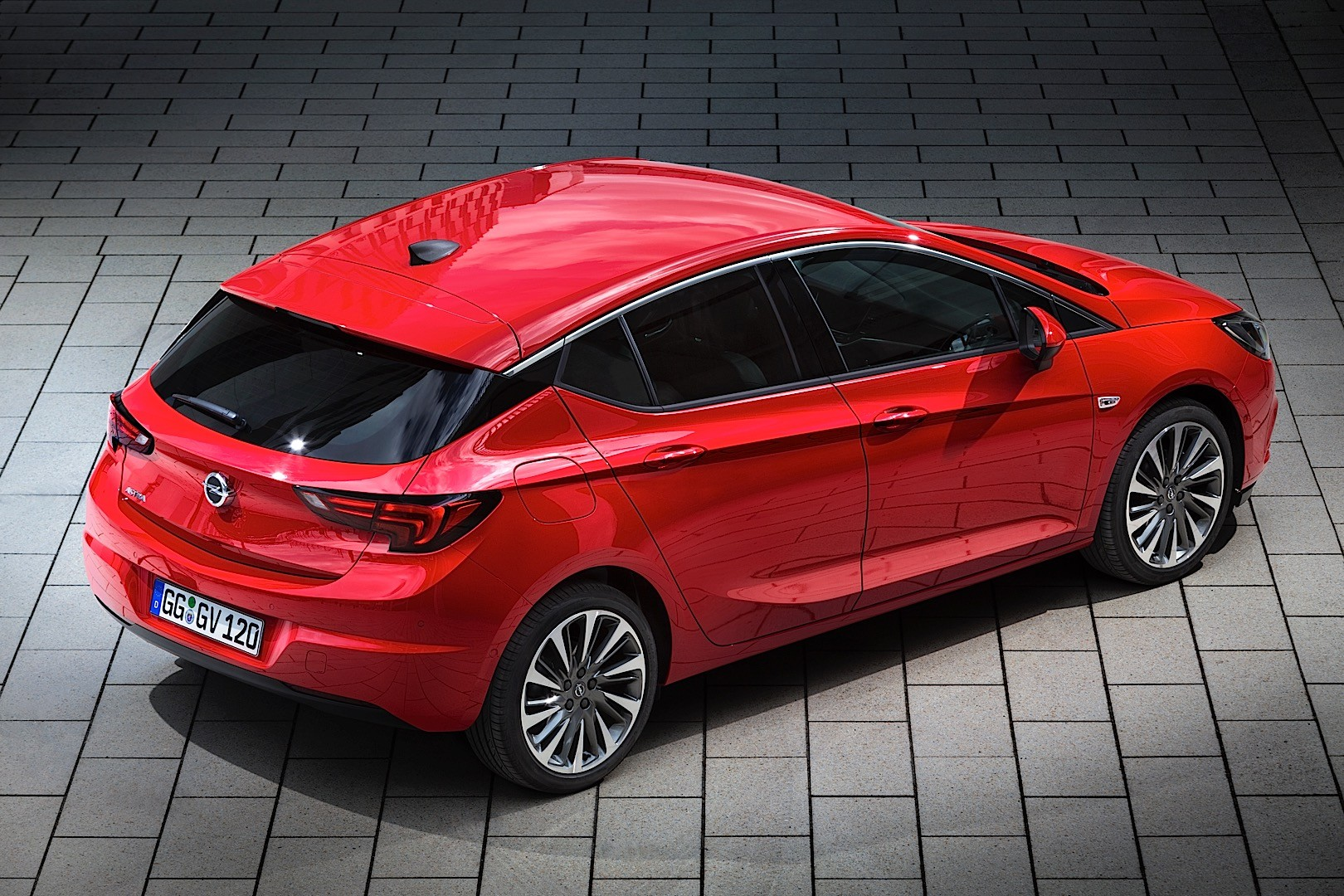 2015 Opel Astra Price: €17,960 for the 1-liter ECOTEC Turbo - autoevolution