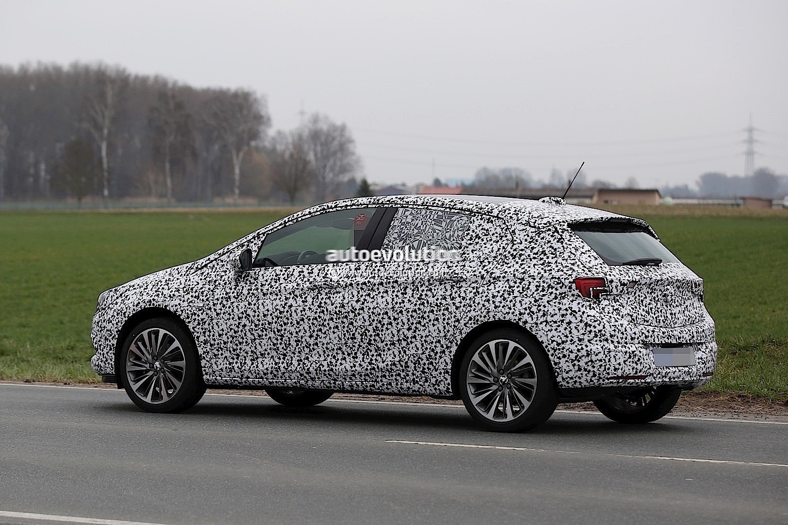 2015 Opel Vauxhall Astra K Spied Again With Less Camo