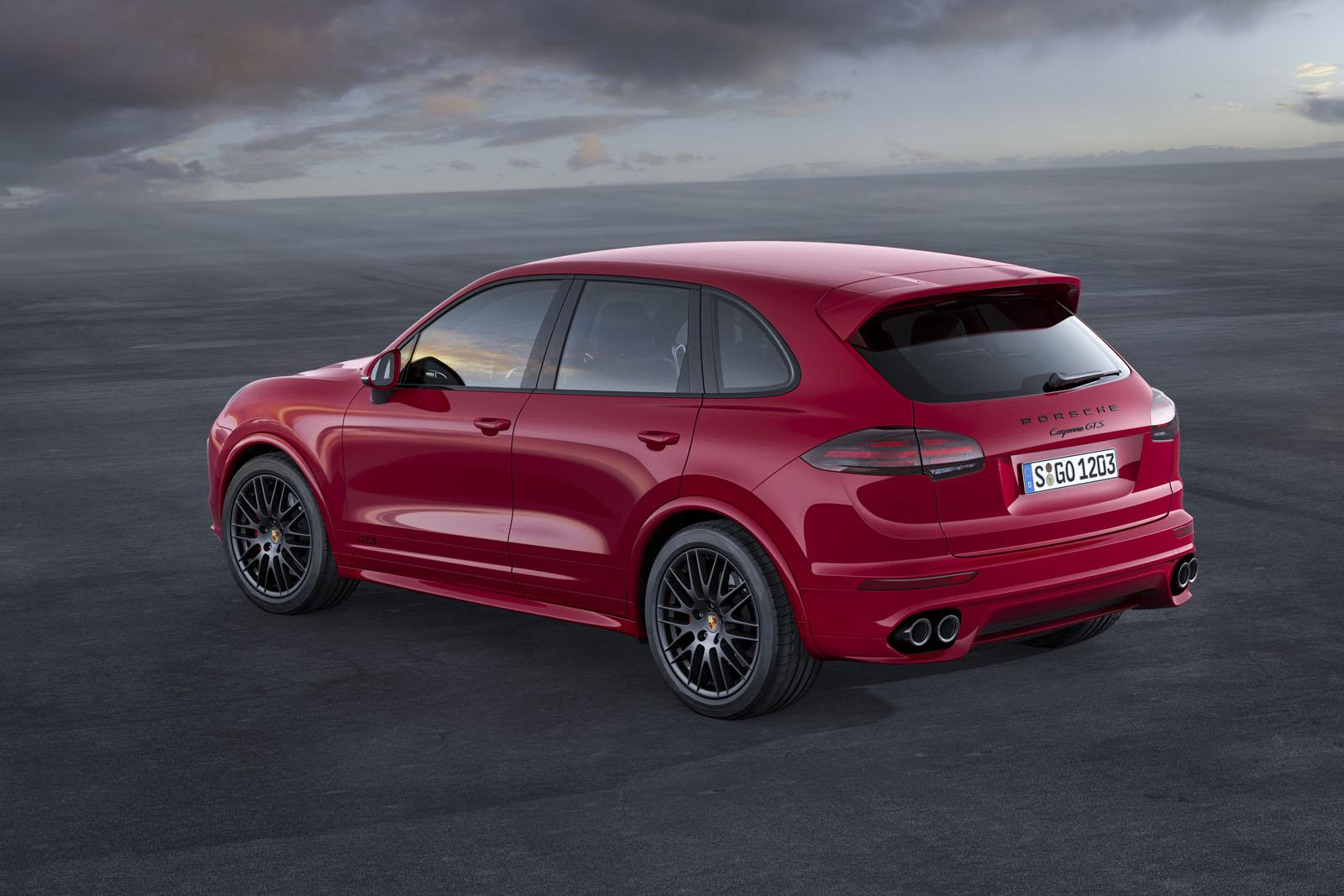 2015 Porsche Cayenne Gts Downsizes To A Twin Turbo V6 Video Rover 400 Fuse Box