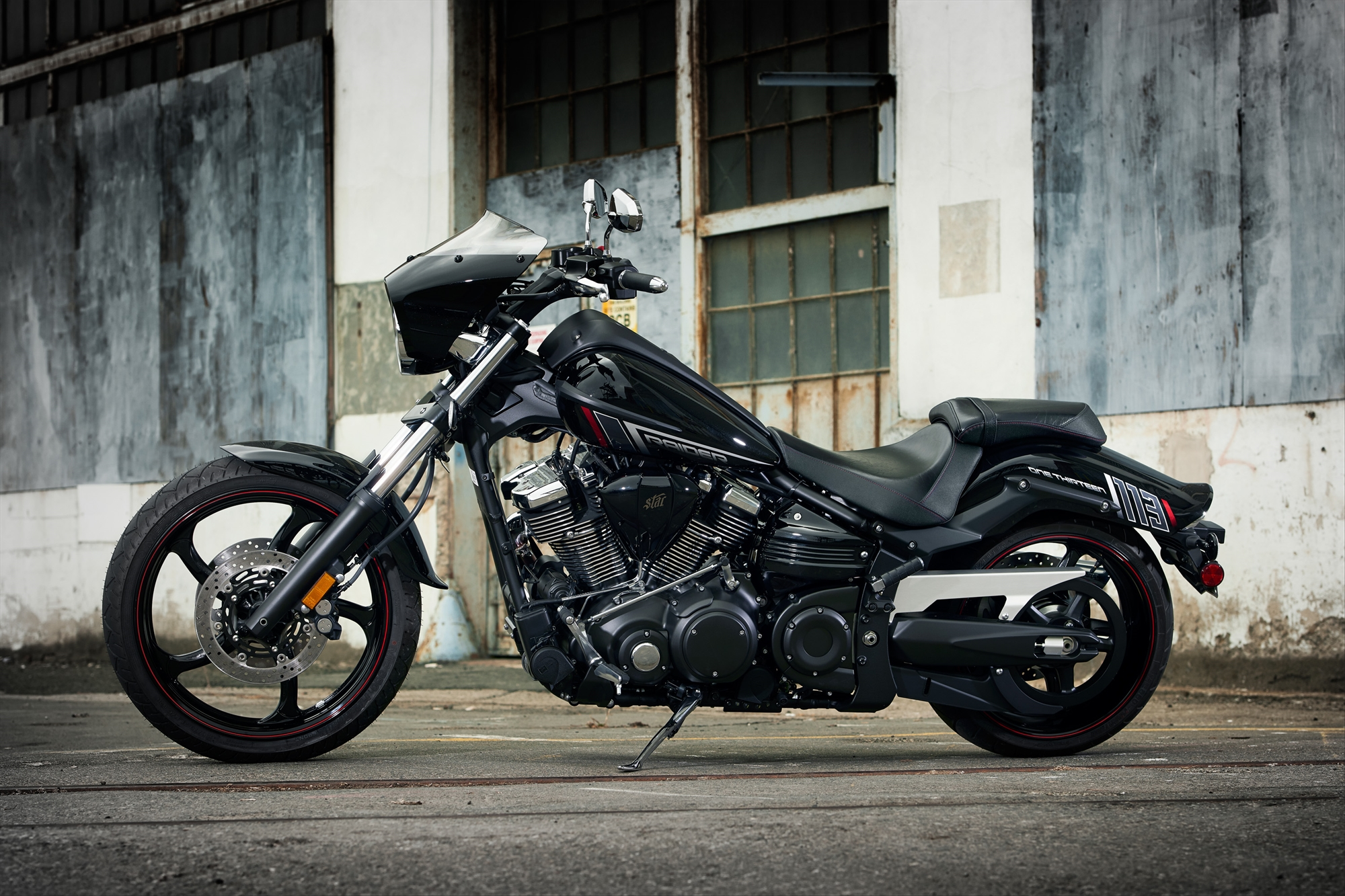 2015 Raider Bullet Cowl Packs Solid Chopper Looks Oozes