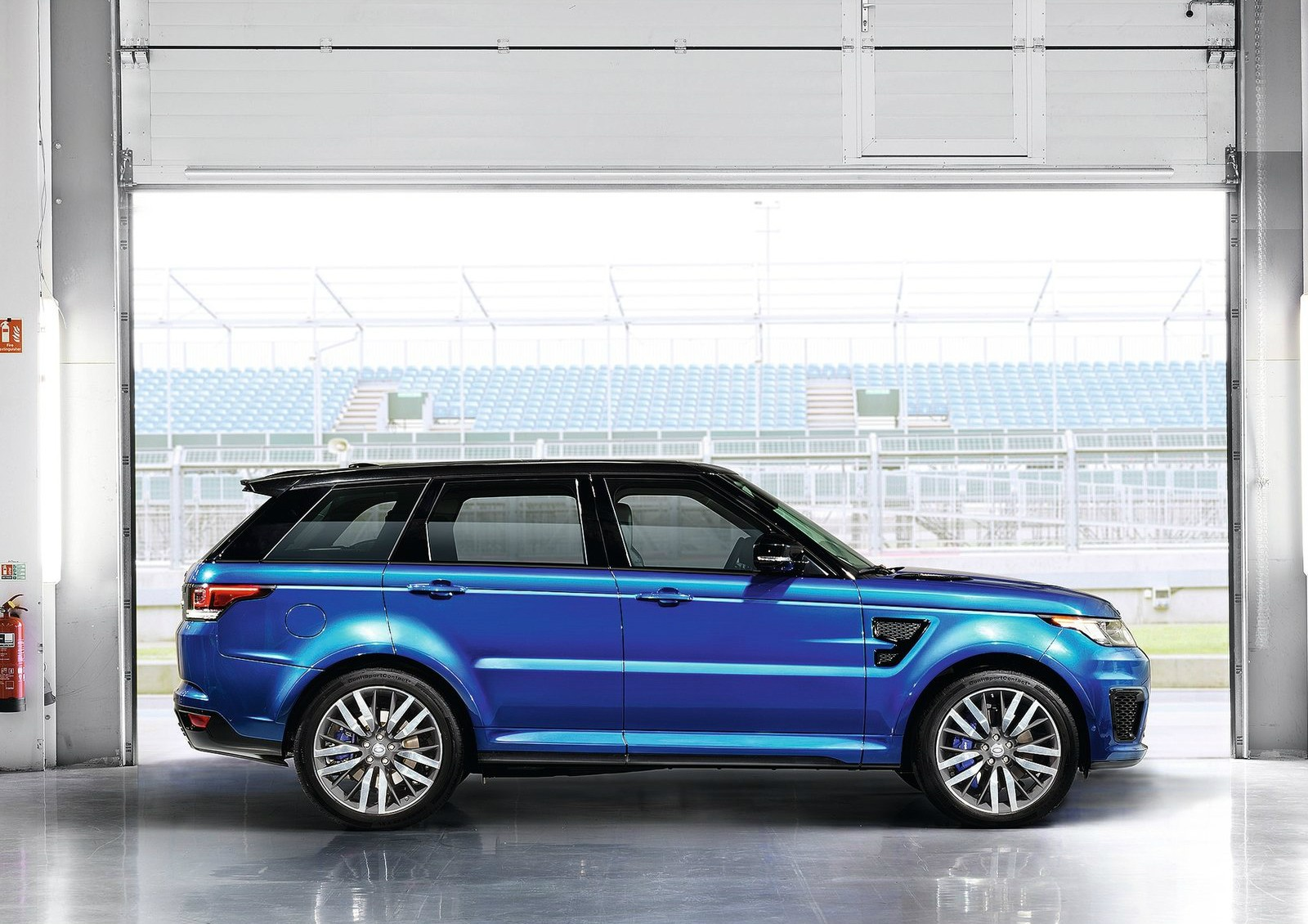 2015 Range Rover Sport Svr Pricing Announced Autoevolution