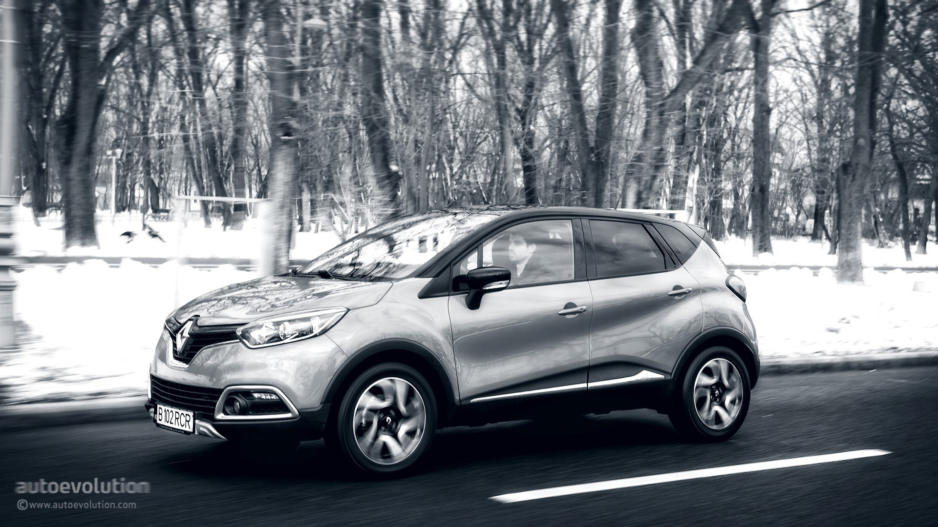 2015 renault captur tested why small crossovers are so popular autoevolution. Black Bedroom Furniture Sets. Home Design Ideas