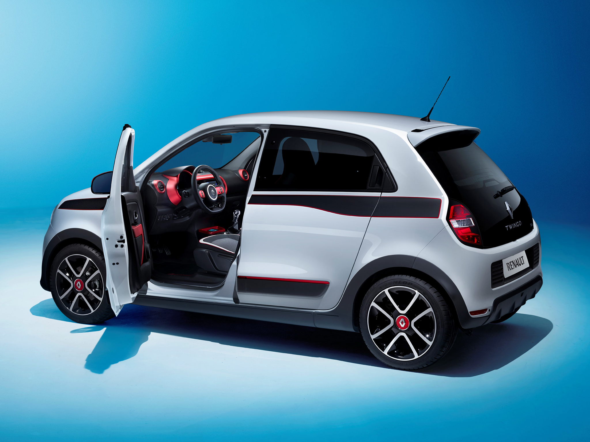 2015 renault twingo uk pricing specifications announced for Porte 2 couleurs