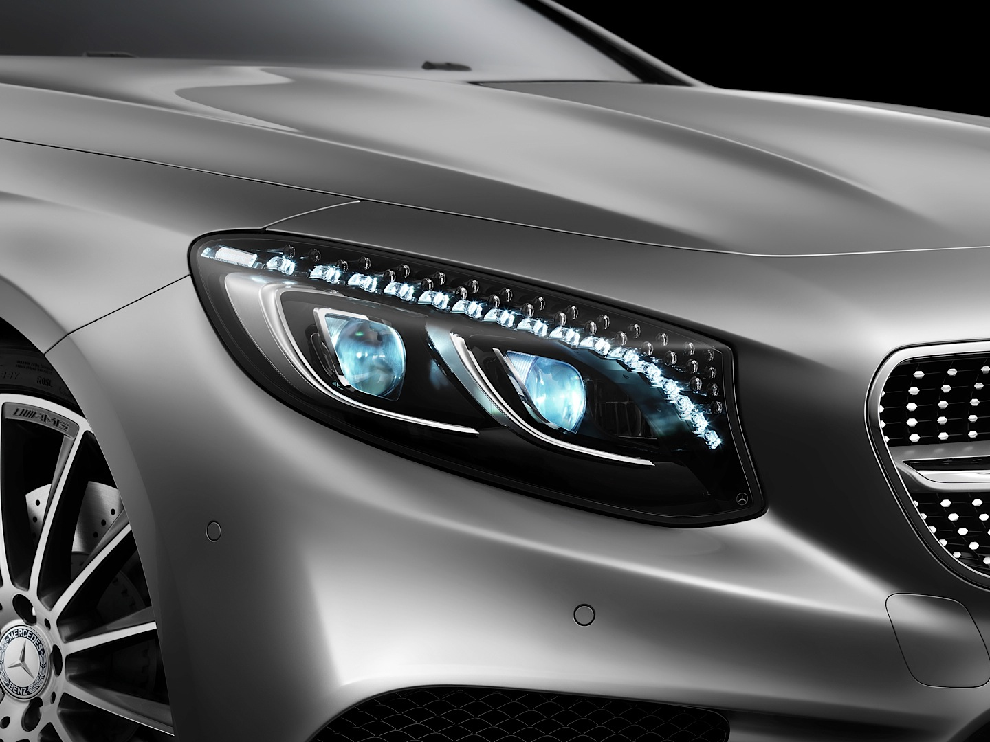 2015 S-Class Coupe (C217) Has Swarovski Crystal Headlights ...