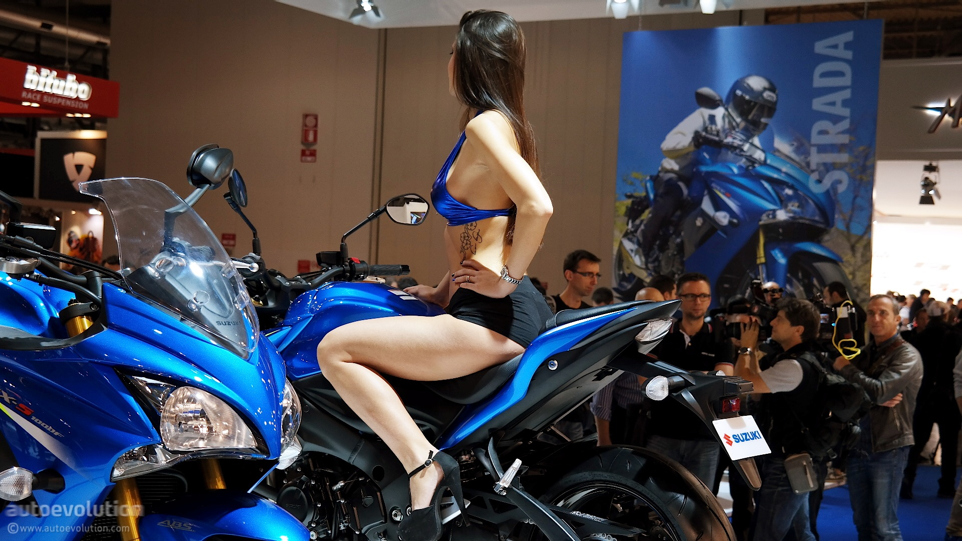 2016 Suzuki GSX-S1000 Brings Updates to EICMA 2014 [Live Photos] - autoevolution