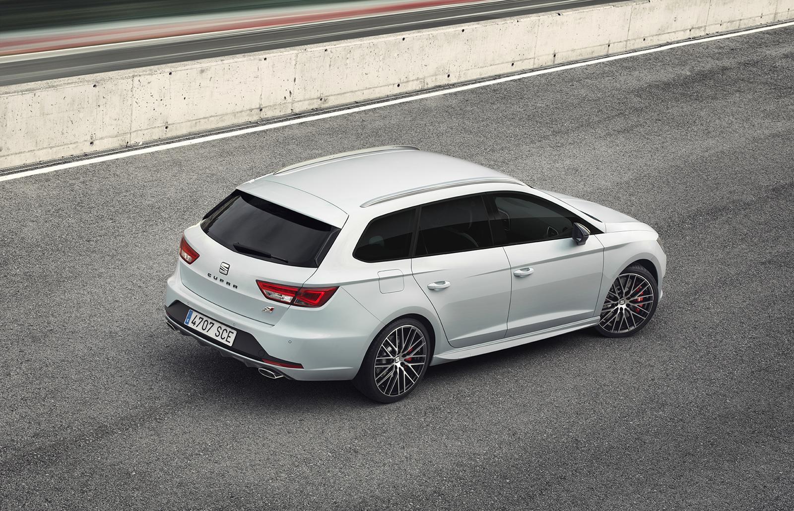 2015 seat leon st cupra revealed 280 hp hot estate. Black Bedroom Furniture Sets. Home Design Ideas