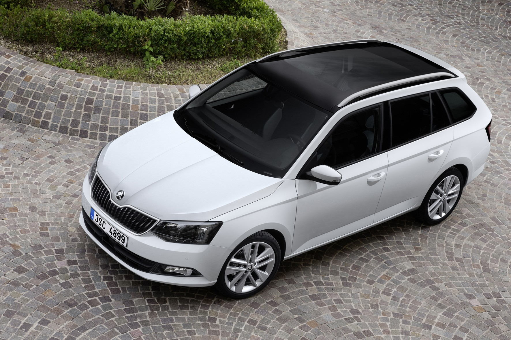 2015 skoda fabia estate combi production starts autoevolution. Black Bedroom Furniture Sets. Home Design Ideas