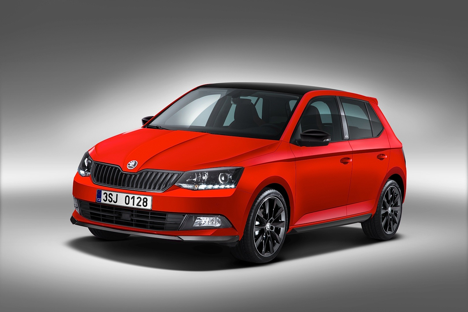 2015 skoda fabia monte carlo revealed ahead of geneva autoevolution. Black Bedroom Furniture Sets. Home Design Ideas