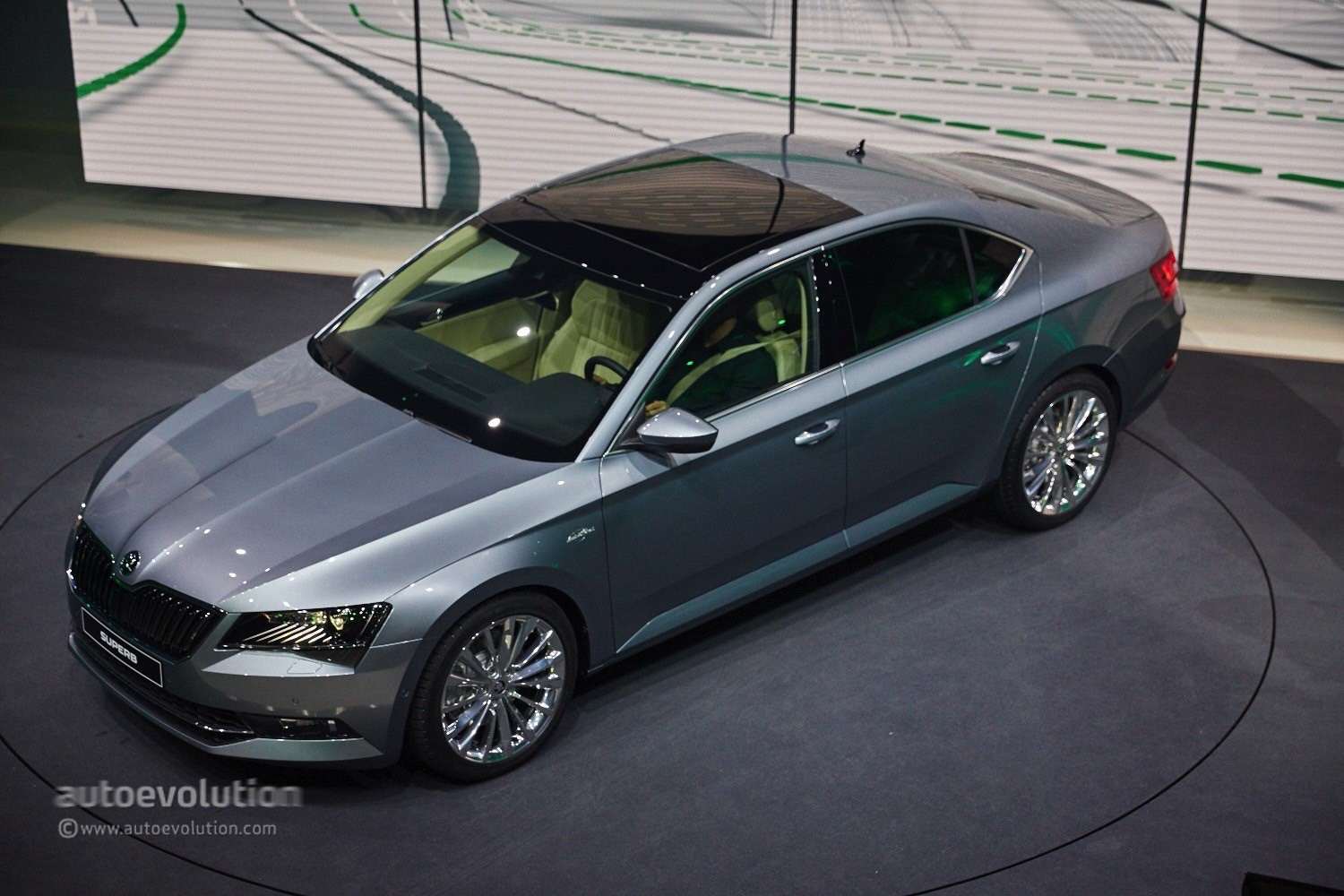 2015 skoda superb production starts combi to follow this fall autoevolution. Black Bedroom Furniture Sets. Home Design Ideas