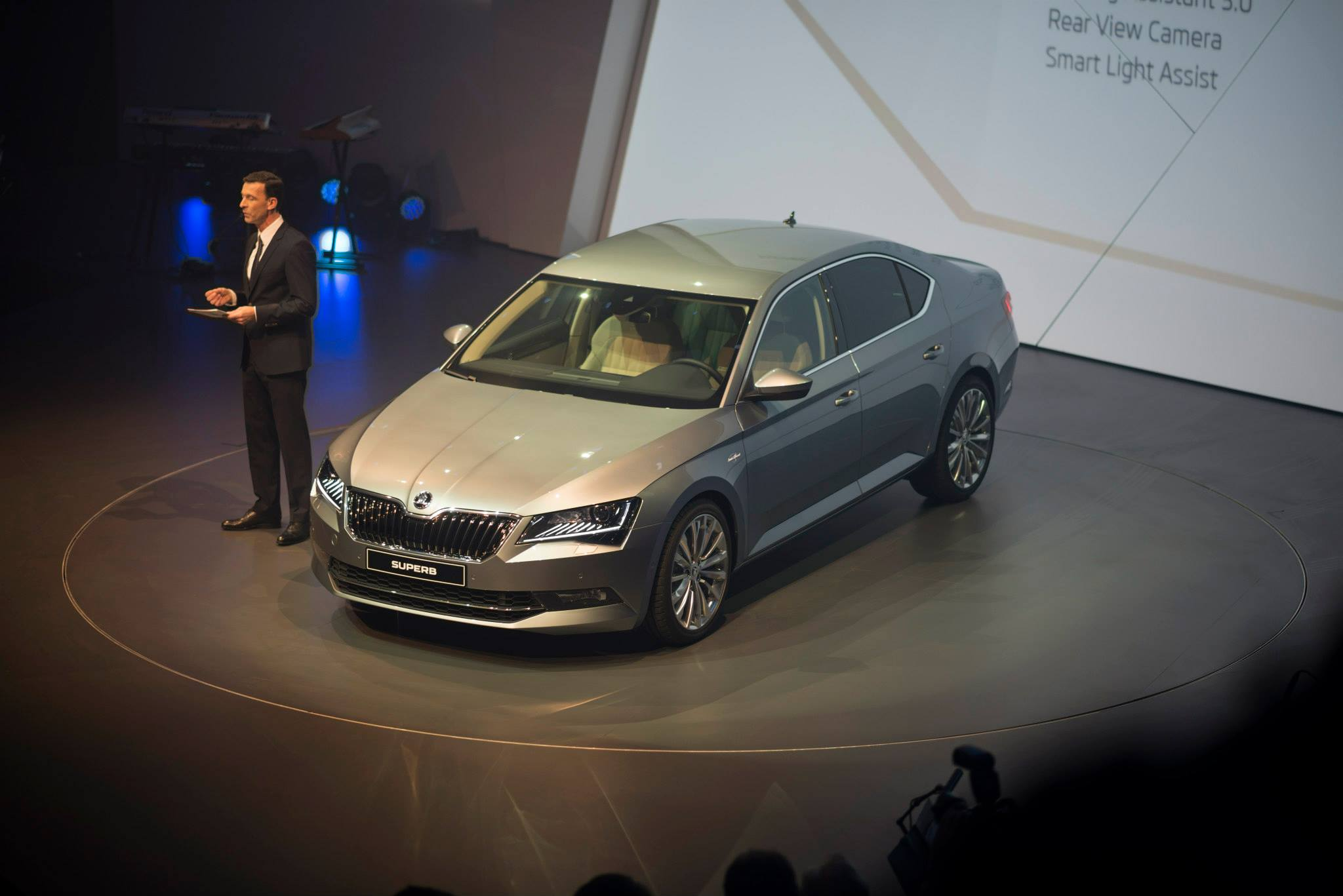 2015 skoda superb revealed with up to 280 hp and class leading space autoevolution. Black Bedroom Furniture Sets. Home Design Ideas