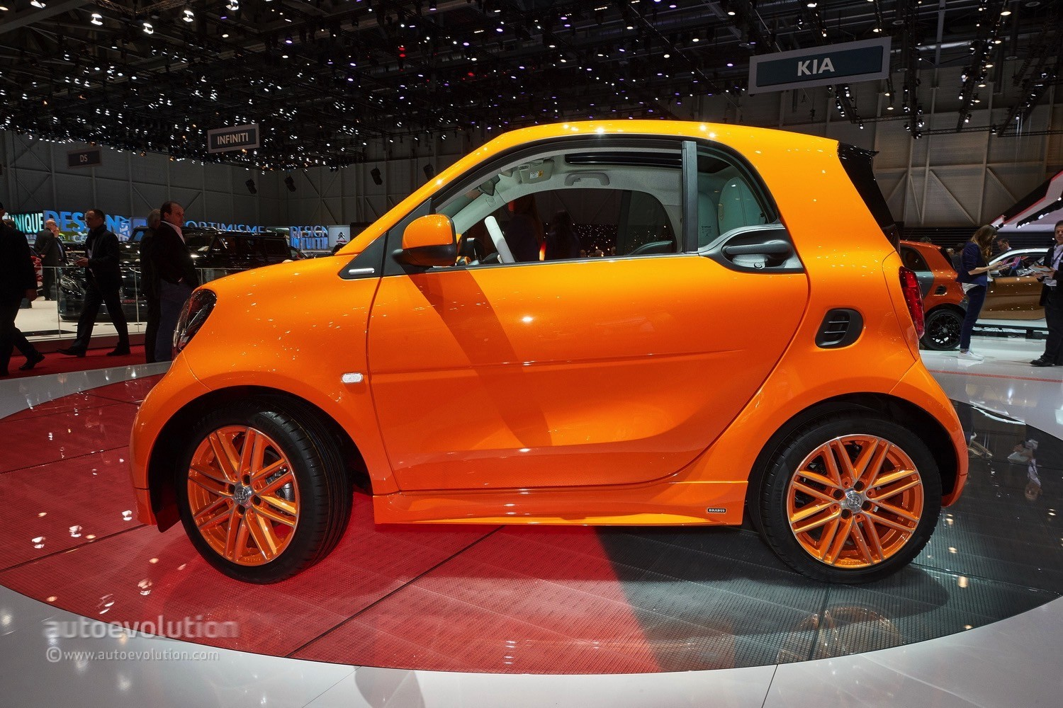 2015 Smart Fortwo Tailor Made By Brabus Debuts In Spring Break Orange Autoevolution