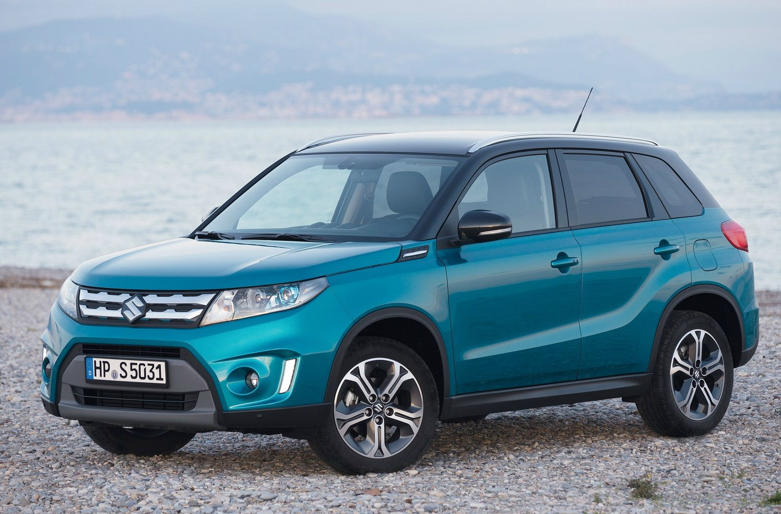 2015 suzuki vitara hailed as the cleanest non hybrid 4x4. Black Bedroom Furniture Sets. Home Design Ideas