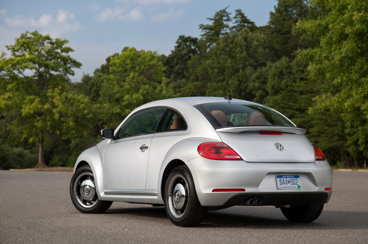 f98d9b4a81ea43 2015 Volkswagen Beetle Classic Adds Retro Styling