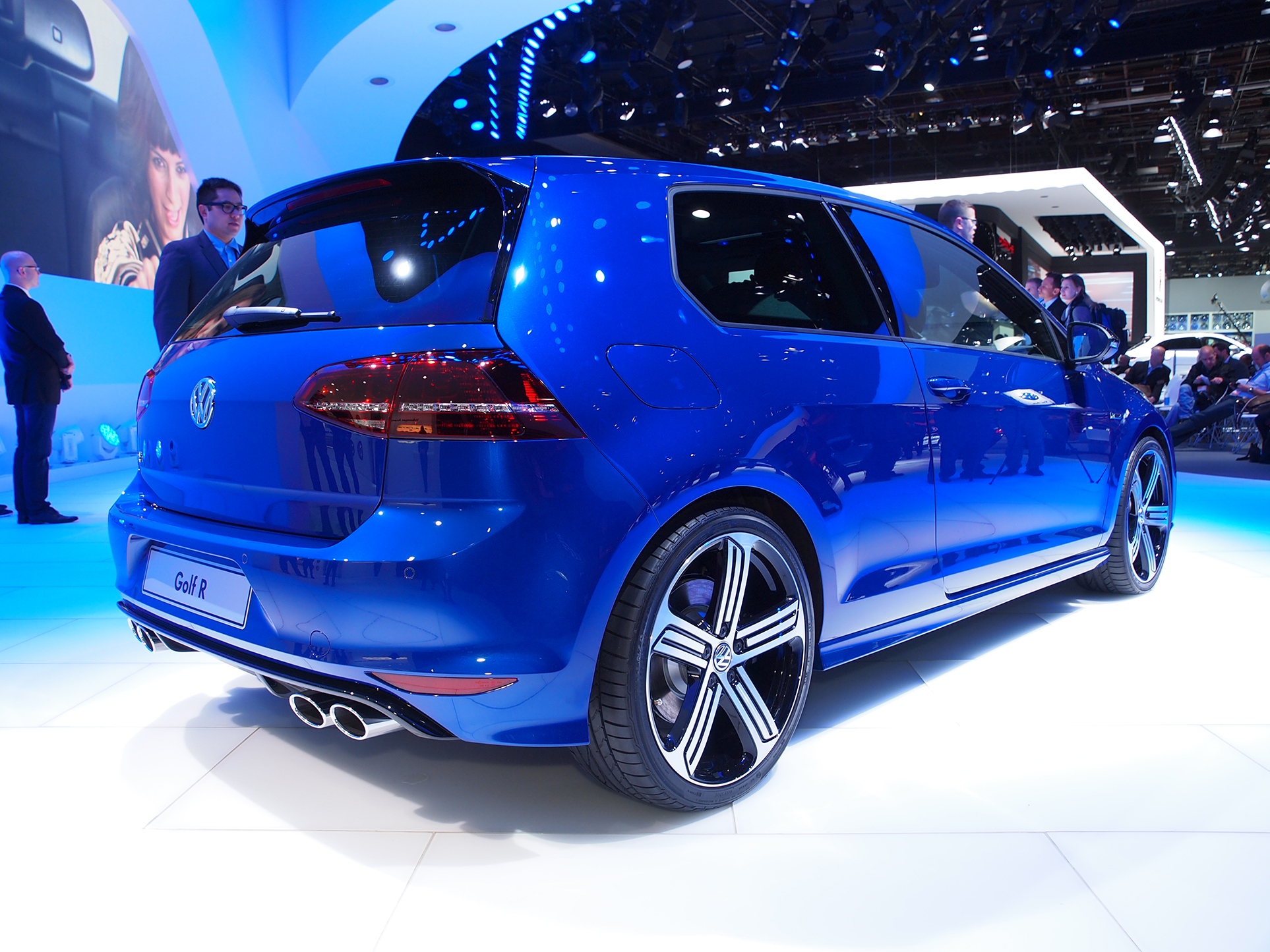 2015 Volkswagen Golf R Is A Hot Hatch In Detroit Live