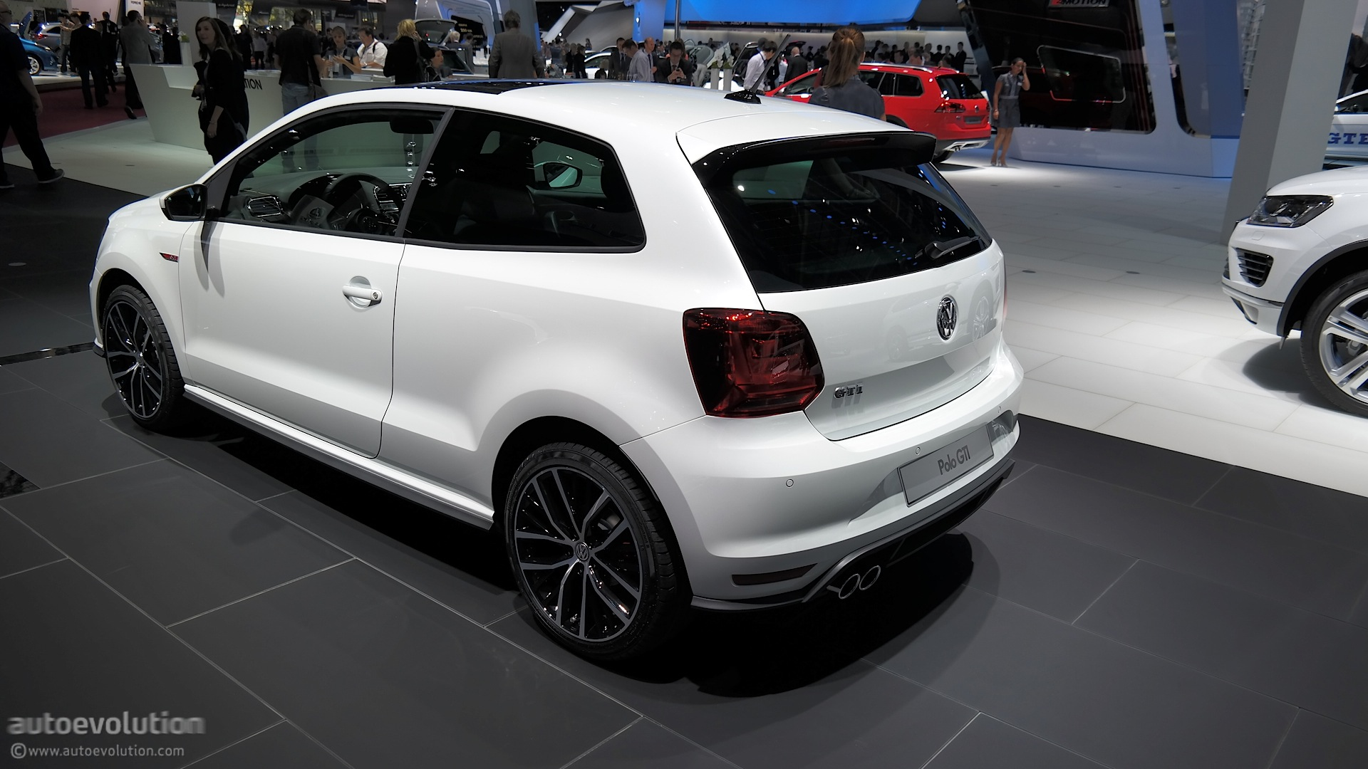 2015 volkswagen polo gti powers up in time for paris live for R line pack esterno polo