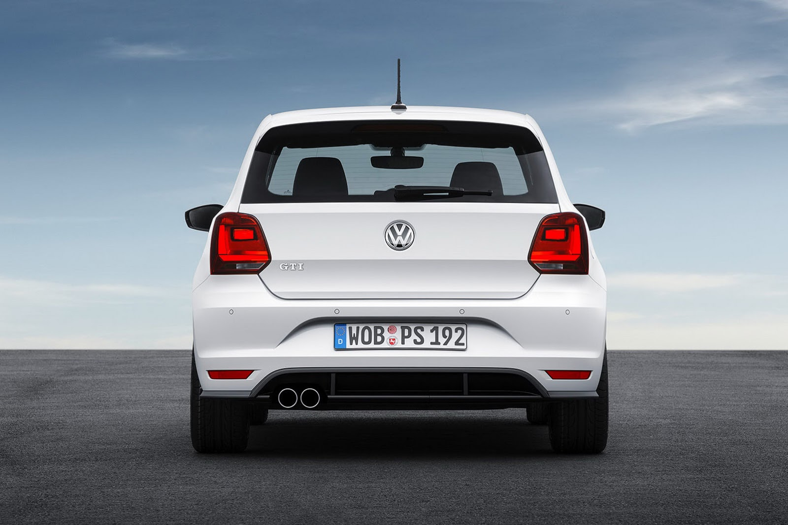 2015 volkswagen polo gti revealed with 1 8 tsi engine. Black Bedroom Furniture Sets. Home Design Ideas