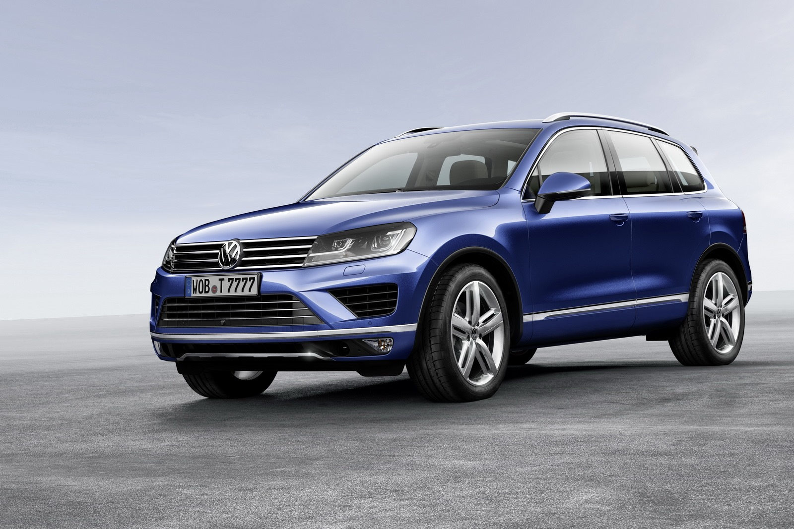2015 Volkswagen Touareg Facelift Brings New Features