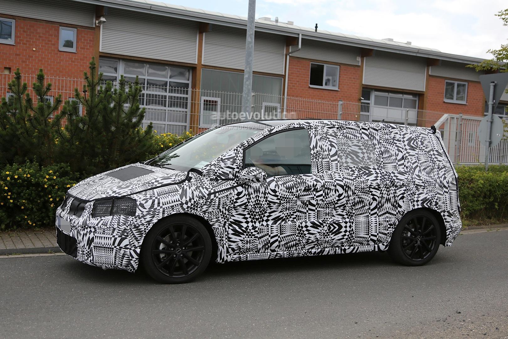 2015 - [Volkswagen] Touran - Page 3 2015-volkswagen-touran-spied-with-led-headlights_11