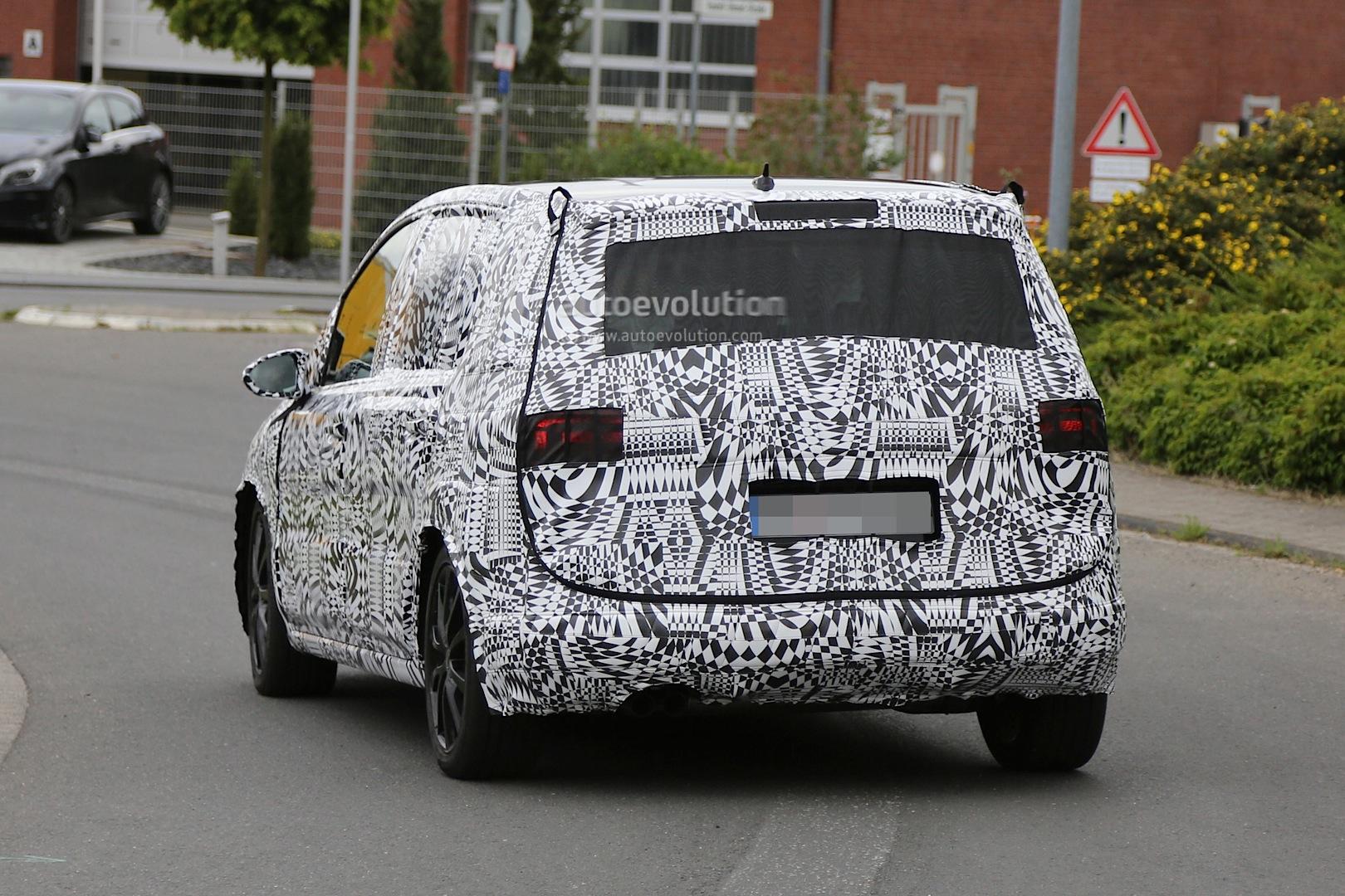 2015 Volkswagen Touran - Photo #15