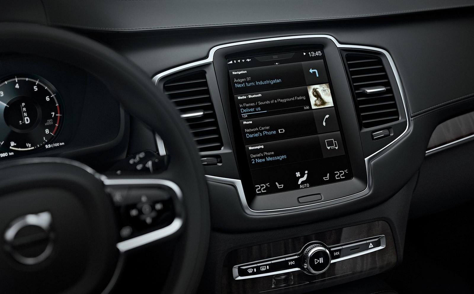 2015 volvo xc90 in car driving experience detailed video autoevolution. Black Bedroom Furniture Sets. Home Design Ideas