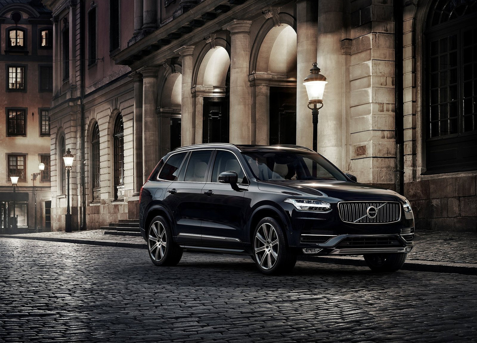 together with volvo xc90 - photo #25