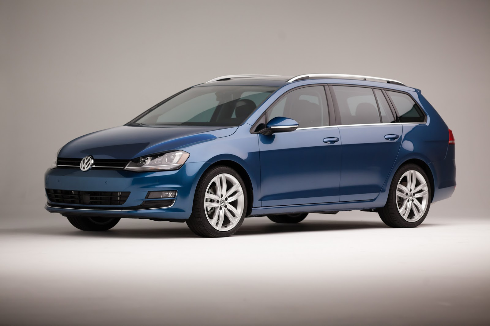 2015 VW Golf Wagon Prices Start from $21,395 - autoevolution