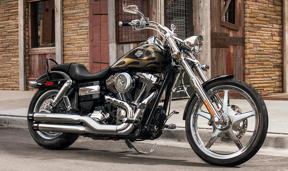 2015 Wide Glide Arrives in Two New Colors - autoevolution