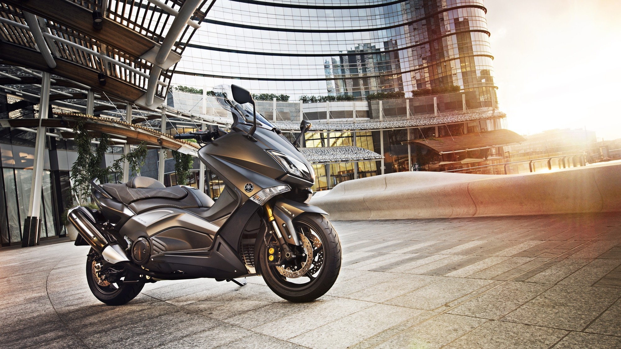 2015 Yamaha T Max Iron Max Looks Sharp And Evil