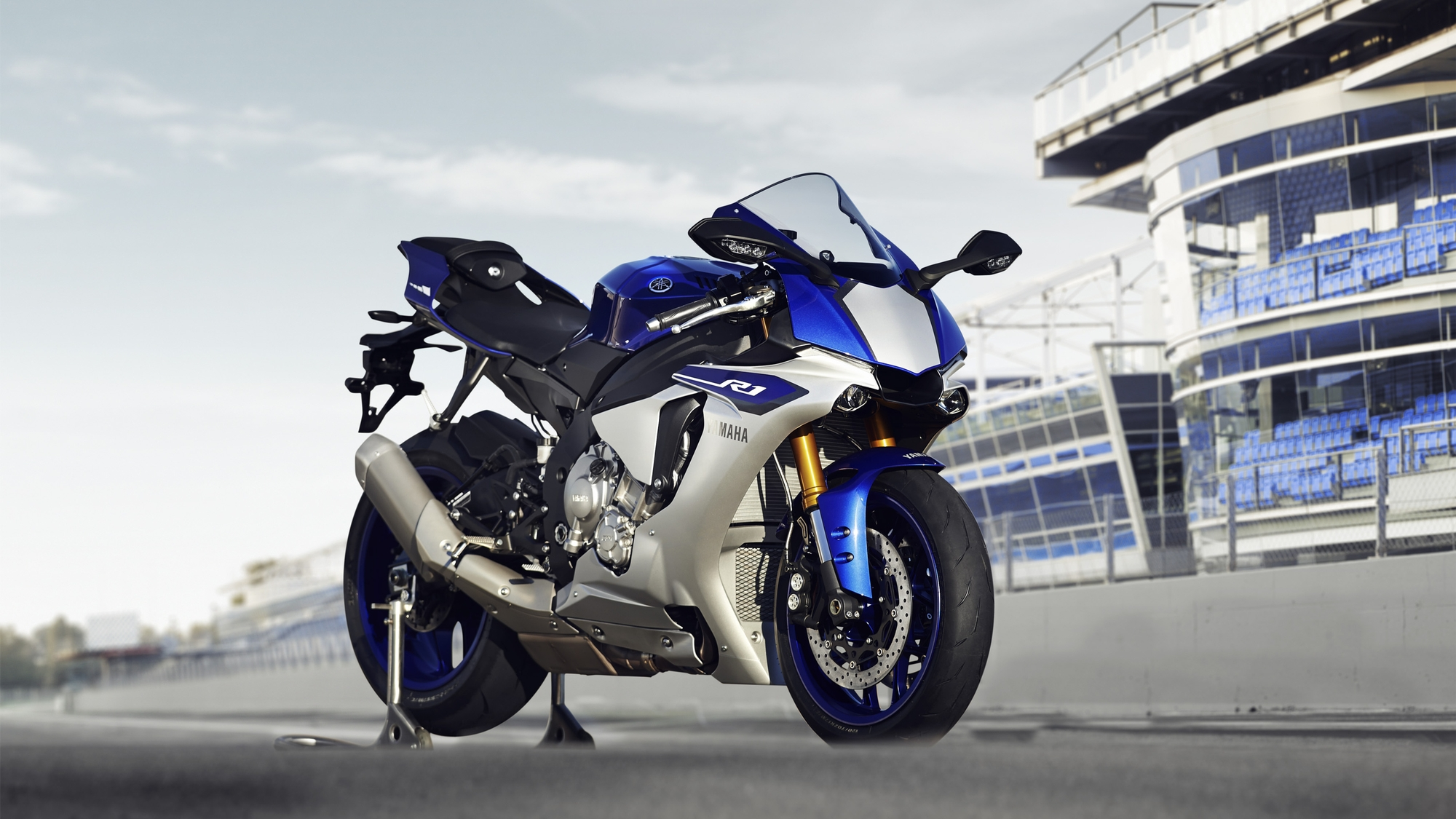 2015 Yamaha Yzf R1 Studio And Action Shots Show More