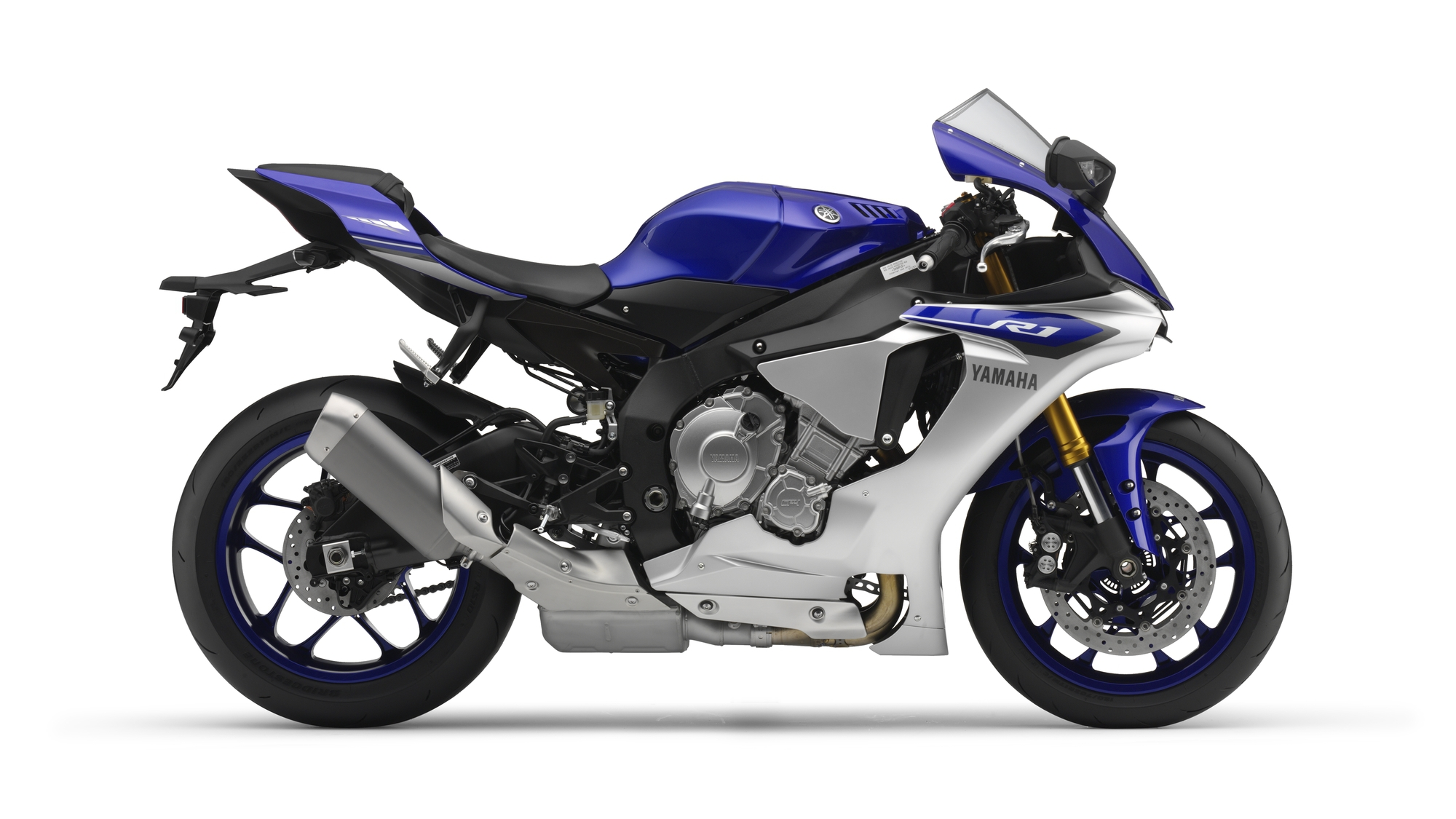 2015 yamaha yzf r1 studio and action shots show more. Black Bedroom Furniture Sets. Home Design Ideas