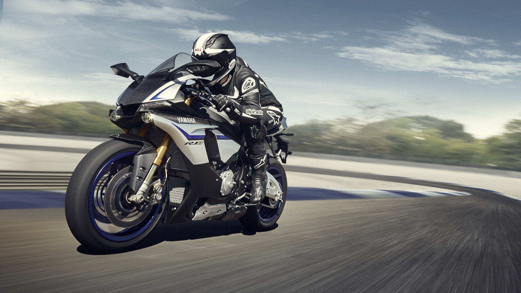 2015 Yamaha YZF-R1M US Price Announced, Bigger Engine Rumor Squashed - autoevolution