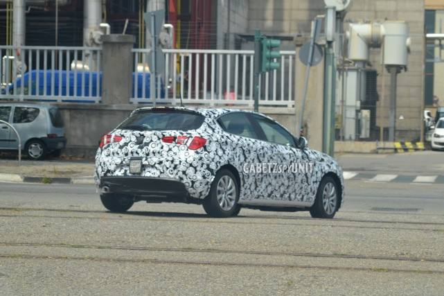 2016 - [Alfa Romeo] Giulietta restylée - Page 2 2016-alfa-romeo-giulietta-facelift-spied-not-much-has-changed-photo-gallery_6