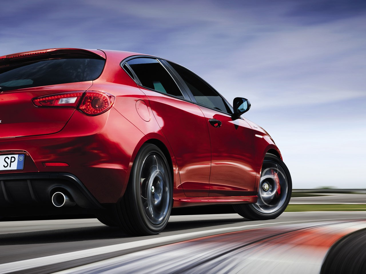 2016 alfa romeo giulietta facelift to debut at geneva 2016 this one 39 s called sprint speciale. Black Bedroom Furniture Sets. Home Design Ideas