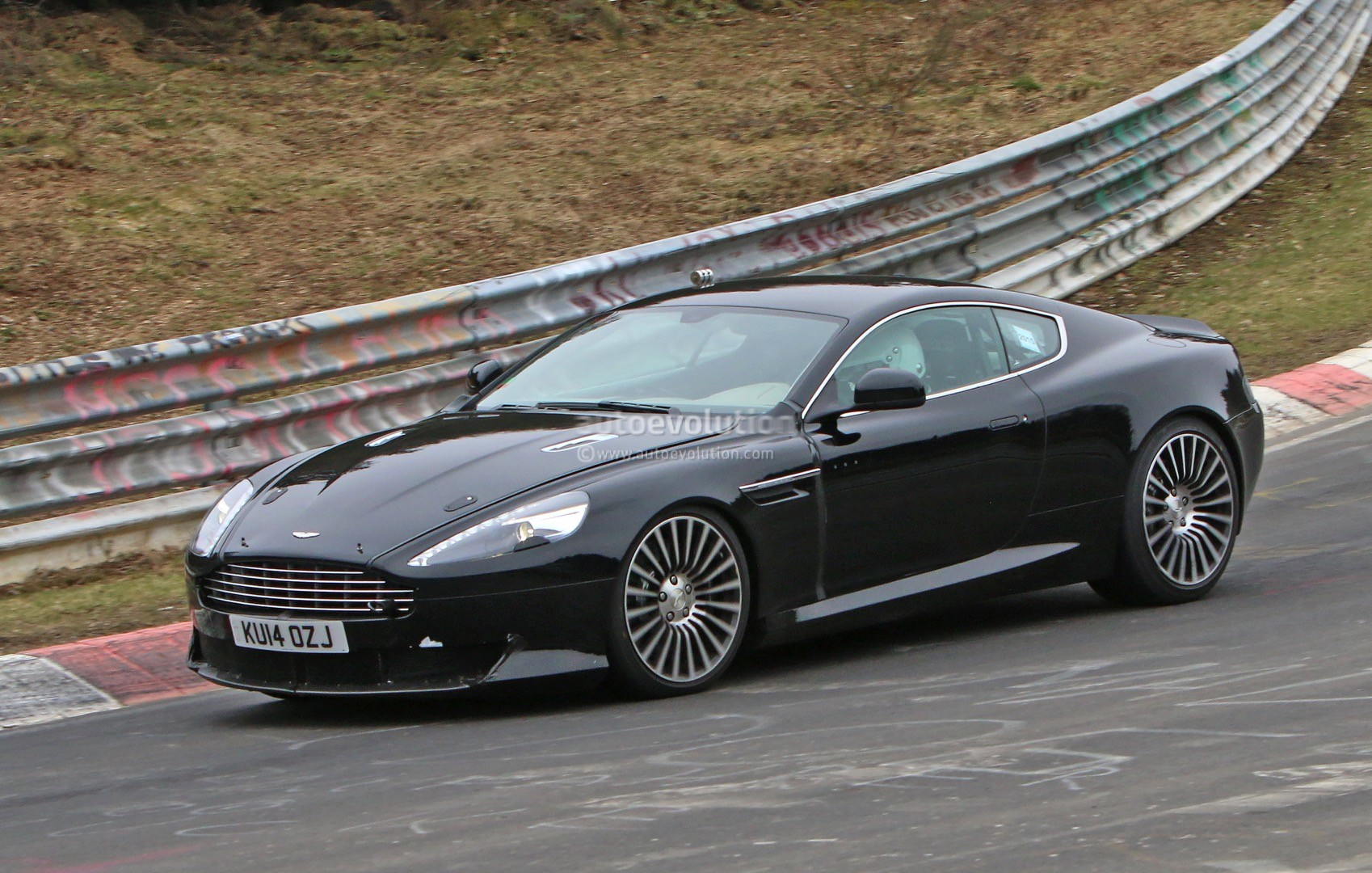 2016 Aston Martin DB9 Spied, It's Powered By an Atmospheric V12