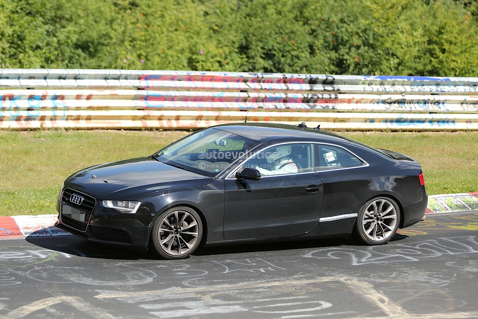 2016 audi a5 coupe spied for the first time autoevolution. Black Bedroom Furniture Sets. Home Design Ideas