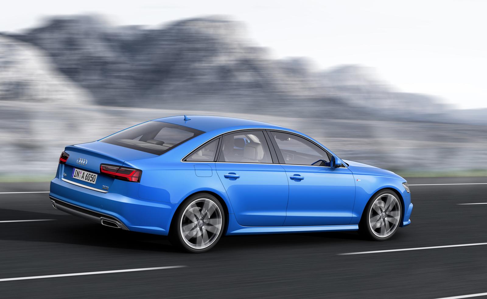 Фото | Синяя Audi A6 рестайлинг 2016 года